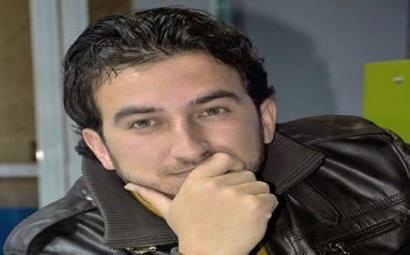 Estatu Islamikoak exekutatu duen kazetari kurdua ahaztu du nazioarteak