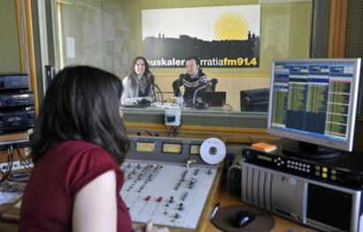 Euskalerria Irratiak lizentzien egoerari buruzko informazioa eskatu dio Nafarroako Gobernuari