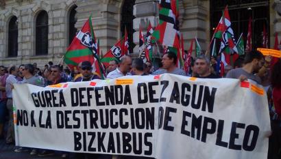 Bizkaibuseko gatazka konpondu ezean, EH Bilduk zentsura mozioa aurkeztuko du Garraio Diputatuaren aurka
