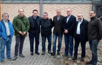 EAJk eta EH Bilduk agerraldi bateratua egin dute Bartzelonan