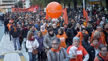 Iru�ea laranjaz blai eskubide zibil eta politikoen alde