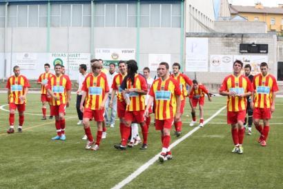 Senyera Kopa: elastikoan hura daramaten futbol taldeak lehian
