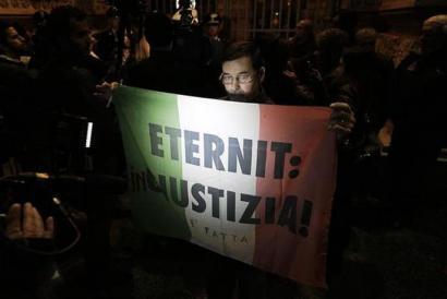 Amiantoaren auzia Italian: zigor historikoa baliogabetu du epaimahaiak