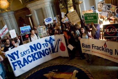 New Yorkek frackinga debekatuko du osasunerako arriskua dela eta