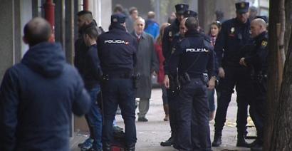 Militar bat eta Guardia Zibil bat, futbolzale galiziarraren hilketarekin lotutako atxilotuen artean