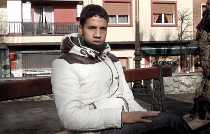 Asilo politikoa ukatu dio Espainiak Hassanna Aalia sahararrari