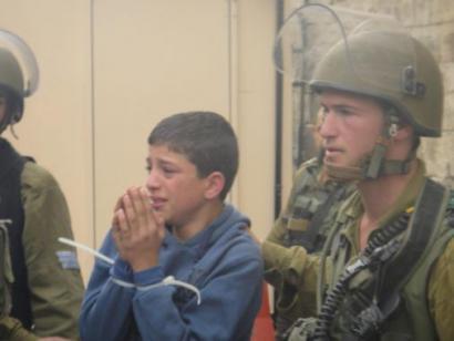 Israelek 15 urtetik beherako 1.266 haur palestinar atxilotu ditu 2014an