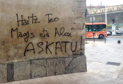 Lau gazte atxilotu dituzte jendarmeek Ipar Euskal Herrian