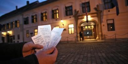 Kroaziako gobernuak herritar txiroenen zorrak barkatzea erabaki dutu