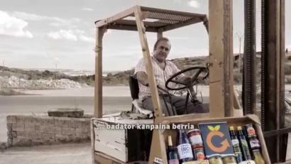 Laborantxa eta euskara uztartuz, herria gora Nafarroan