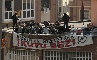 Hiru urteko espetxe zigorra Kukutza defendatzeagatik