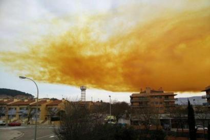 Istripua izan da Kataluniako enpresa kimiko batean