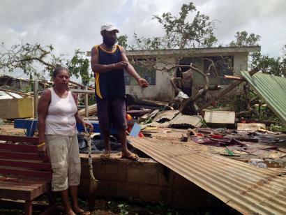 Vanuatu uharteak 'Pam' zikloiak suntsiturik, klimaren zoratzea auzitan
