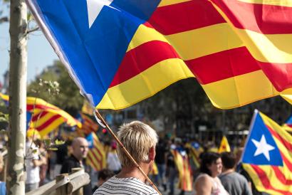 Katalunian independentismoak indarra galdu du unionismoaren aurrean