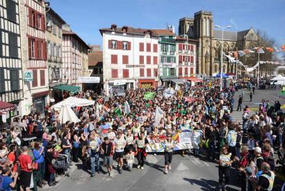 バスク地方の少数言語保全に向けた世界最大イヴェント:ラ・コリカ