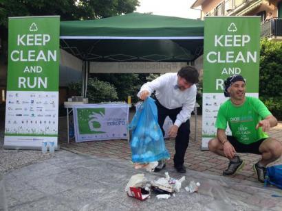 #KeepCleanAndRun, hondakinez ohartarazteko korrikaldia Italian