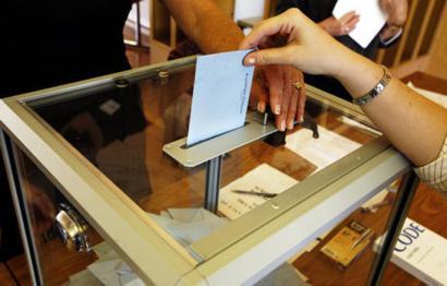 Posta bidezko botoek zeresan handia izanen dute Nafarroako Parlamentuaren osaketan