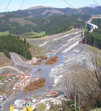 Nafarroako AHT proiektuaren aurkako salaketa aurkeztu dute Europako Batzordean