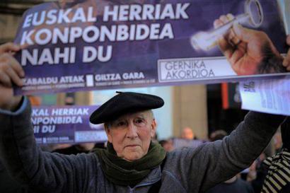 Periko Solabarria hil da, ezker abertzaleko militante historikoa