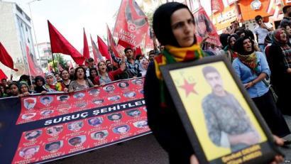 Bi polizia turkiarren aurkako atentatua bere gain hartu du PKK-k