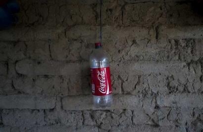 Galarazi egin diote Coca-Colaren azpikontrata bati akuiferoen ustiapena