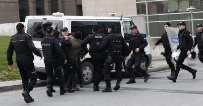 Atxiloketa masiboak PKKren inguruaren aurka