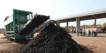 Itsasuko Loreki kooperatibak, konpostagintzan aitzindari, Landetan biomasa lantegia jarri du abian