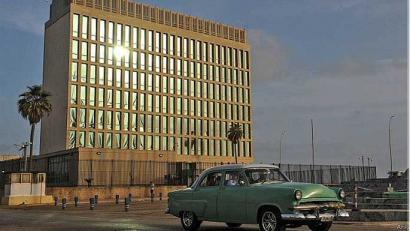 AEBren enbaxada Kuban: blokeoa pitzatzen hasi da