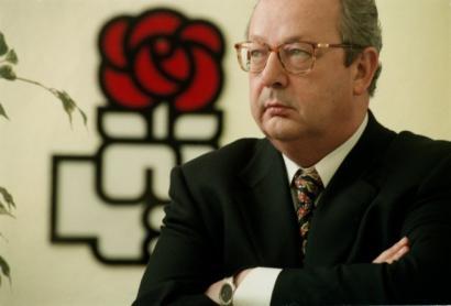 Benegas PSOEko buruzagi historikoa hil da