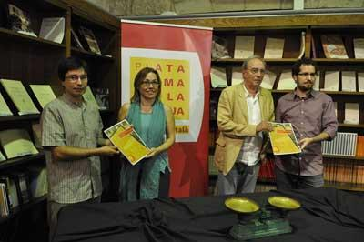 Espainiako Estatuak gaztelaniaren alde nola egiten duen, xehe-xehe azalduta