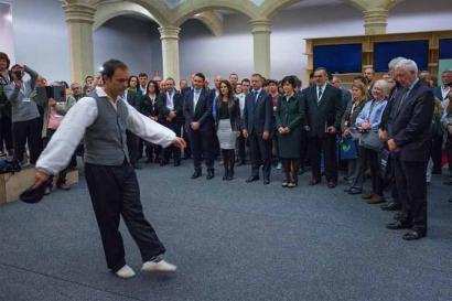 Mundu osoko euskal etxeetako ordezkariak Gasteizen dira, Diasporizatu kongresuan