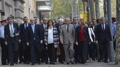 Espainiak independentista eta soberanistak berriz batu dituenean
