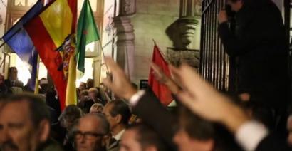 Nafarroako Legebiltzarrak Nafarren San Fermin elizan egindako omenaldi faxista arbuiatu du