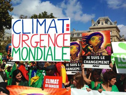 COP21 klimaren gailurraren atarian mobilizazioak munduan eta Euskal Herrian