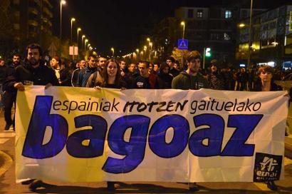 Milaka gazte manifestatu da Durangon, burujabe izan nahi dutela aldarrikatzeko