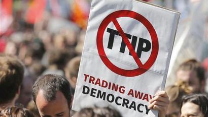 Zer oztopo ditu TTIPek 2016an indarrean sartzeko?
