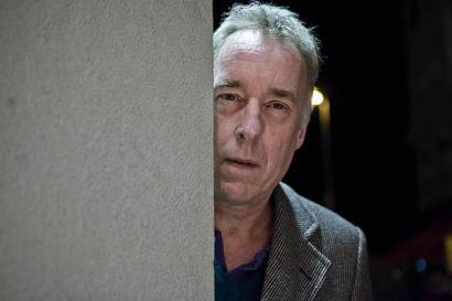 """Andy Robinson: """"Harreman oso estua dago Davoseko elitearen eta troikaren artean"""""""