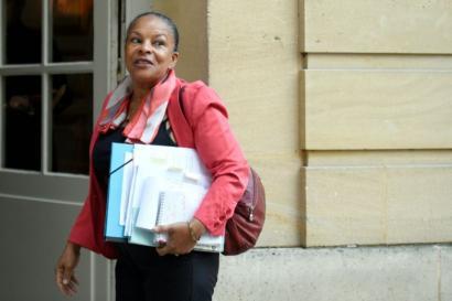 Taubirak Frantziako Justizia Ministerioa utzi du, Valls indartuz