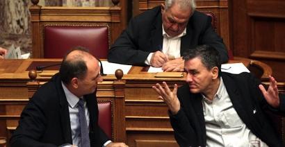 Grezia: Troikarekin negoziazio berria abian, errefuxiatuen aferaren erdian