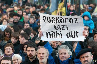 Iru�eko auzo guztietan euskarazko hezkuntza eskaintza nahi dugu