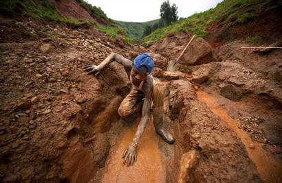 Telefonia mugikorraren beste aldea: koltana, Kongoko gerraren kausa nagusi