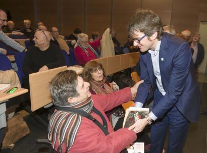 Espainiako hurrengo presidenteak martxoaren 3agatik �barkamena� eska dezan exijitu du Urtaranek