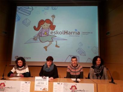 Euskal eskola publikoaz hausnartzeko egitaraua osatu du Sortzenek