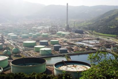 Hauts partikulak zabaldu dira Muskizen, Petronorren izandako istripuagatik