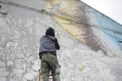 Bere muralak ezabatu ditu Blu artistak Bolonian, artearen merkantilizazioaren aurka