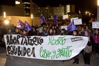 Osasunerako arriskurik bada abortatzeko aukera eskainiko du Osasunbideak