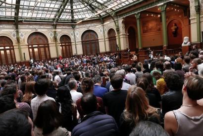 Nuit Debout eta sindikalistek elkarlanean asmatuko ote dute Maiatzaren 1aren bezperetan?