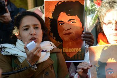 Berta Z��iga C�ceres: �Nire amaren heriotzak agerian utzi du Hondurasko ustelkeria eta militarizazioa�