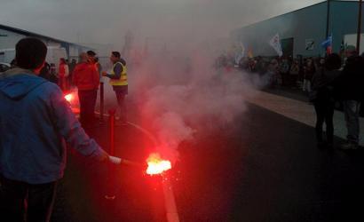Lan erreformaren aurkako protestak areagotu dituzte Frantziako Estatuan