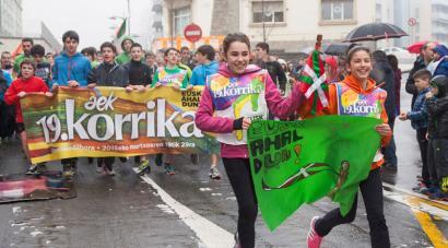 Bi egunetan 13 mahai-inguru Europako 17 hizkuntzaren biziberritze-prozesuez